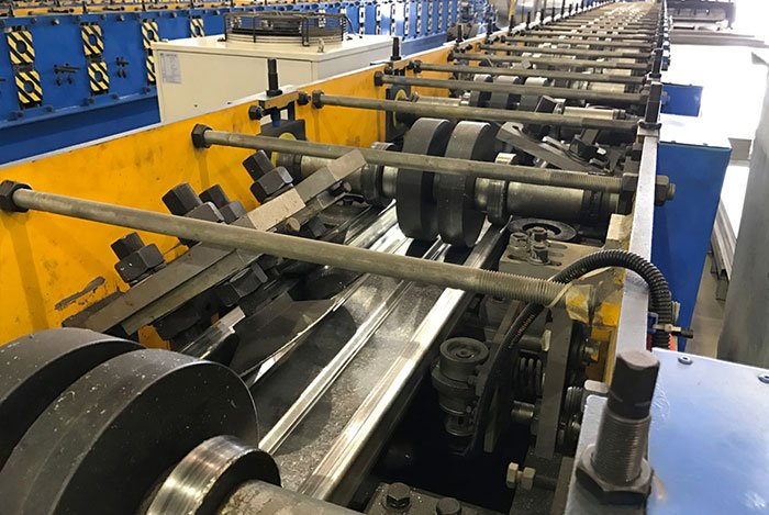 Autostacker's Galvanized Deck Roll Forming Line